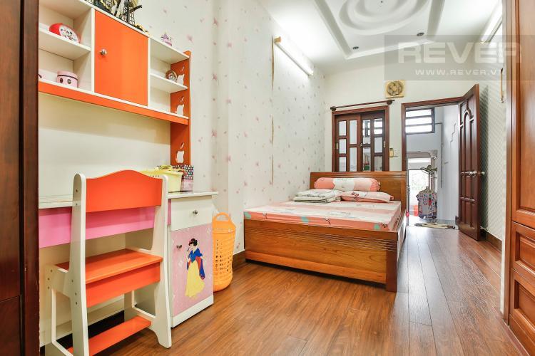 Phòng Ngủ Nhà phố 4 tầng mặt tiền đường Bùi Văn Ba tiện kinh doanh