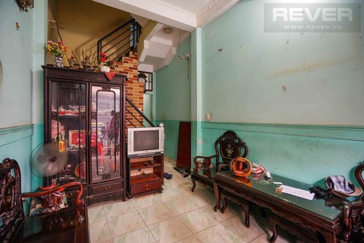Phòng khách nhà phố Bình Thạnh Bán nhà 3 tầng hẻm Hồ Xuân Hương, Bình Thạnh, sổ hồng, cách chợ Bà Chiểu 800m