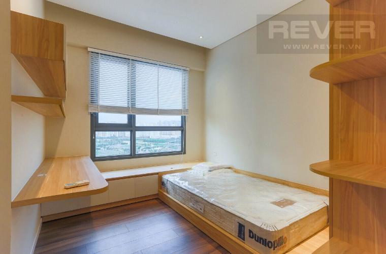 Phòng Ngủ 2 Căn hộ Diamond Island - Đảo Kim Cương tầng cao, 3PN đầy đủ nội thất, view hồ bơi