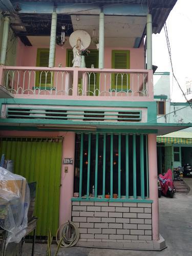 Nhà phố hướng Đông hẻm đường Nguyễn Văn Đậu diện tích 3.6m x16m