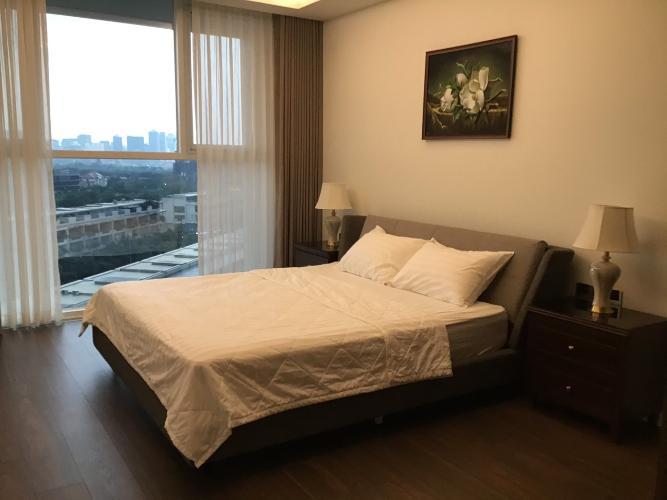 Căn hộ Sarica Condominium cửa hướng Nam, view thành phố sầm uất.