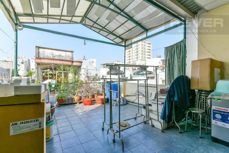 Sân thượng nhà phố Bình Thạnh Bán nhà hẻm ô tô quay đầu, gần vòng xoay Điện Biên Phủ, Quận Bình Thạnh, diện tích 204m2, pháp lý sổ đỏ