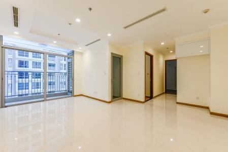 Officetel Vinhomes Central Park 2 phòng ngủ tầng thấp L5 view hồ bơi