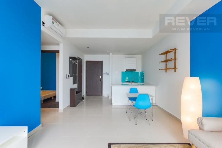 Phòng Khách Căn hộ The Tresor tầng cao 2PN đầy đủ nội thất, có ban công