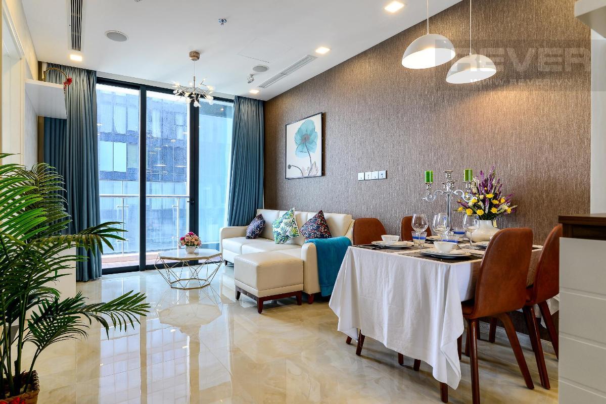 ddb50d9a15eaf3b4aafb Cho thuê căn hộ Vinhomes Golden River 2PN, diện tích 72m2, đầy đủ nội thất, view sông Sài Gòn và Bitexco