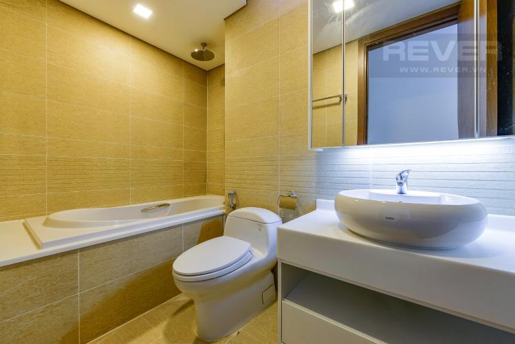 phòng tắm 1 Căn hộ Vinhomes Central Park tầng cao Park 6 nội thất cơ bản, view sông