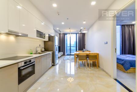 Cho thuê căn hộ Vinhomes Golden River 1PN, đầy đủ nội thất, view hồ bơi và sông Sài Gòn