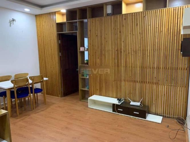Căn hộ chung cư Nhất Lan hướng Đông Nam, đầy đủ nội thất.