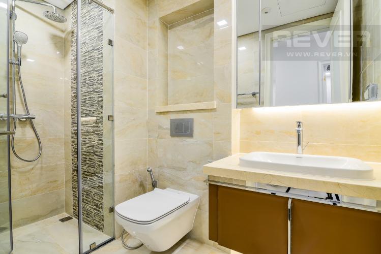 Phòng Tắm Officetel Vinhomes Golden River 1 phòng ngủ tầng cao A1 nhà trống