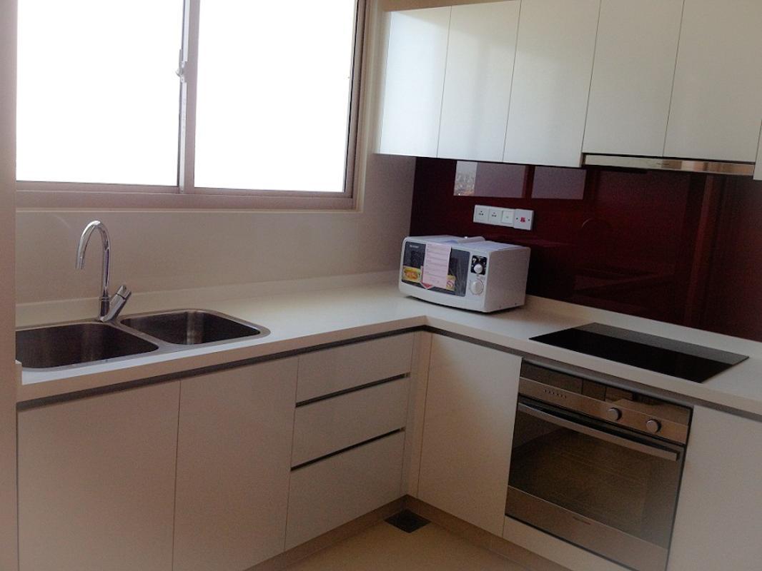 Bếp Bán căn hộ The Vista An Phú 2PN, tháp T4, diện tích 101m2, đầy đủ nội thất, view sông Sài Gòn và bán đảo Thanh Đa