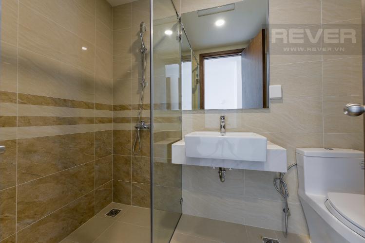 Toilet Bán hoặc cho thuê căn hộ Saigon Royal 1PN, tháp B, diện tích 35m2, không gian yên tĩnh