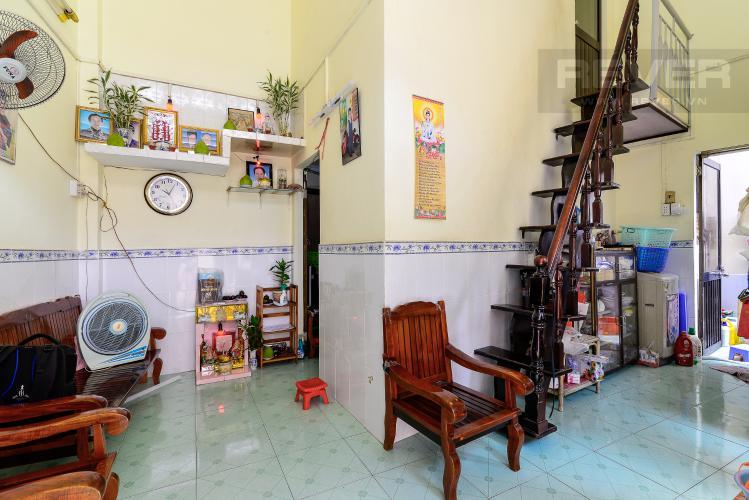Phòng Khách Bán nhà phố hẻm đường Yên Đỗ, 2 tầng, 4 phòng ngủ, cách chợ Bà Chiểu 100m
