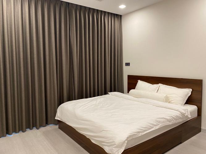 Phòng ngủ Vinhomes Central Park Căn hộ Vinhomes Central Park nội thất đầy đủ, hướng Đông Bắc.