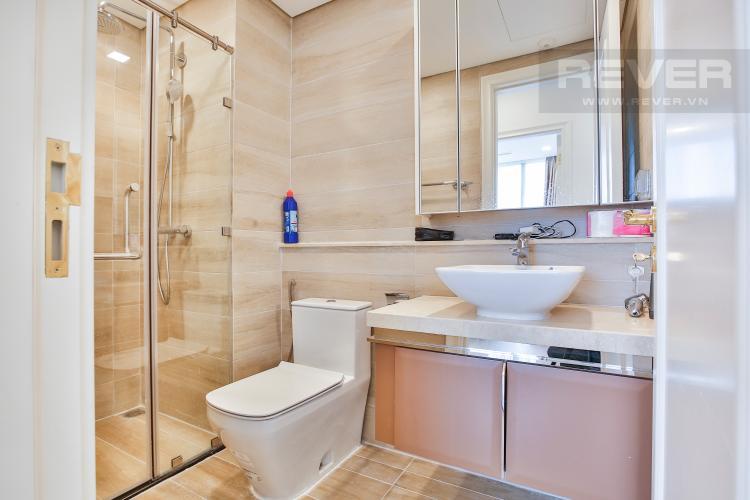 Toilet 1 Officetel Vinhomes Golden River 2 phòng ngủ tầng thấp Aqua 3