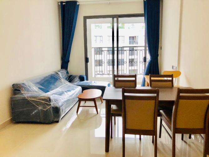 Phòng khách căn hộ Saigon Royal Căn hộ Saigon Royal bàn giao đầy đủ nội thất hiện đại, view nội khu.