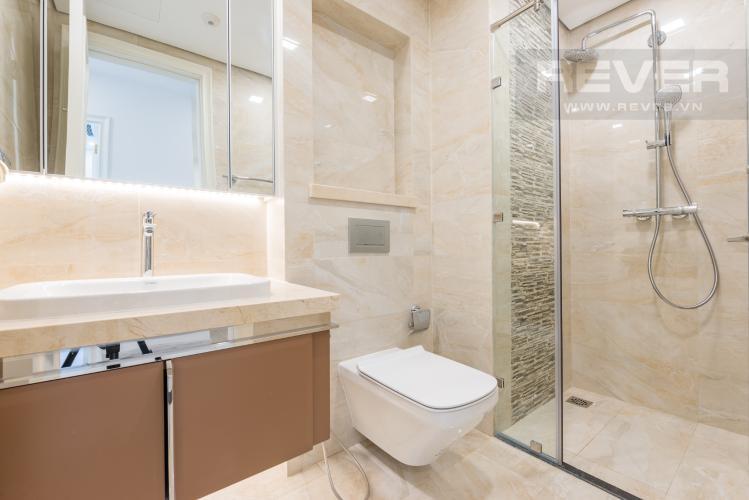 Phòng tắm Căn officetel Vinhomes Golden River tầng cao, view đẹp, nội thất đầy đủ