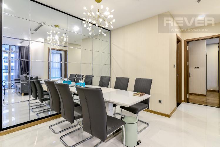 Phòng Ăn Bán căn hộ Vinhomes Central Park tháp Park 2 tầng trung, 2 PN và 2WC, đầy đủ nội thất