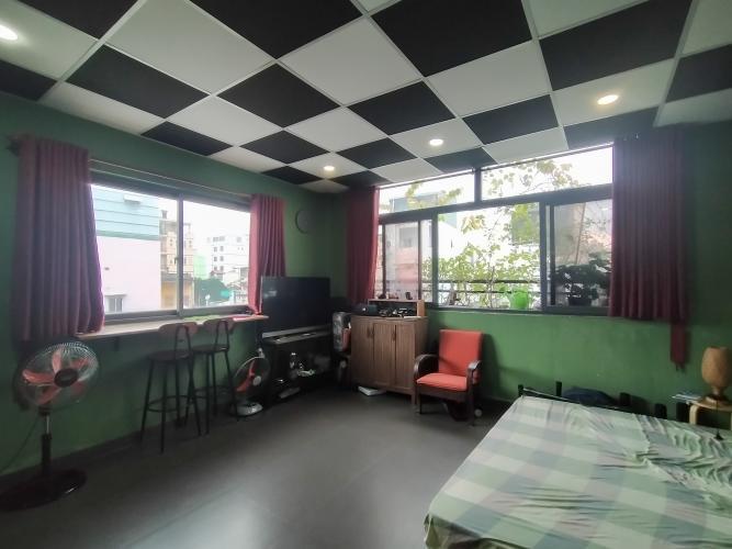 Phòng ngủ nhà phố Nguyễn Thông, Quận 3 Nhà phố hẻm quận 3 đầy đủ nội thất, không gian thoáng đãng.