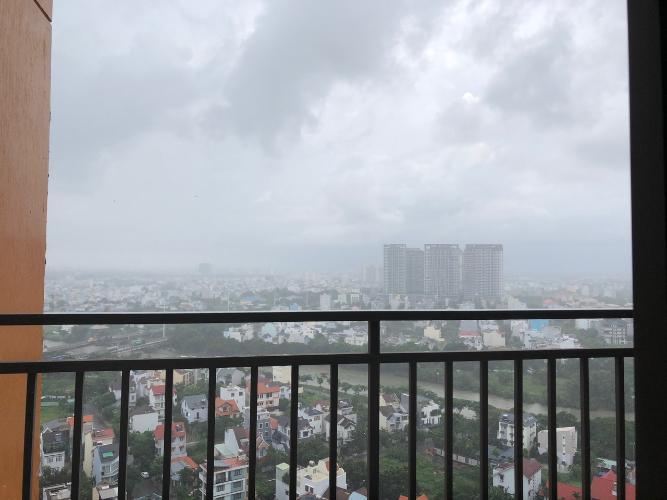 View cảnh căn hộ The Sun Avenue Căn hộ The Sun Avenue tầng cao, view thành phố sầm uất.