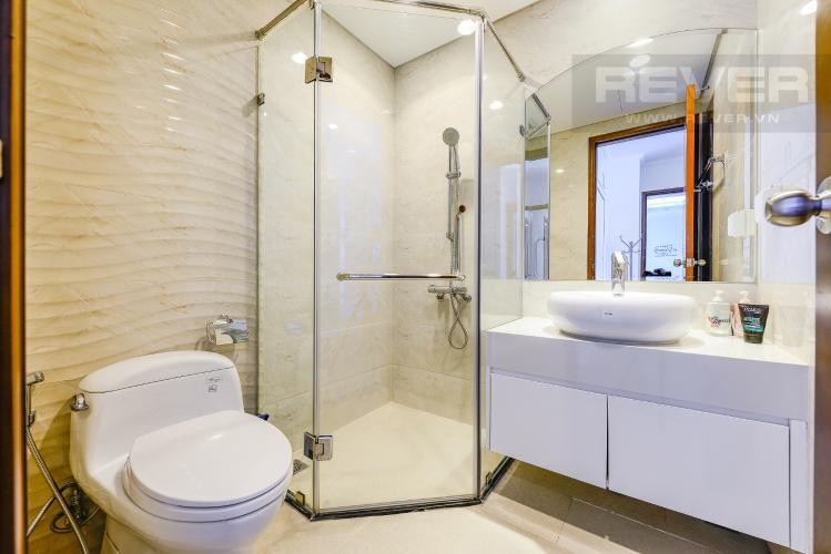 Phòng tắm 1 Căn hộ Vinhomes Central Park 2 phòng ngủ tầng cao C3 hướng Tây