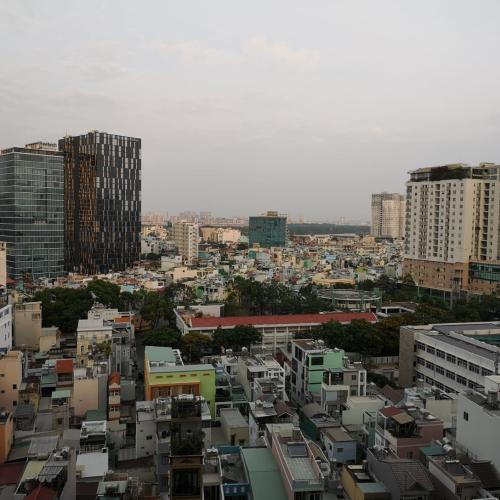 View căn hộ MASTERI MILLENNIUM Bán căn hộ Masteri Millennium 2PN, diện tích 65m2, đầy đủ nội thất, view hồ bơi và Quận 4