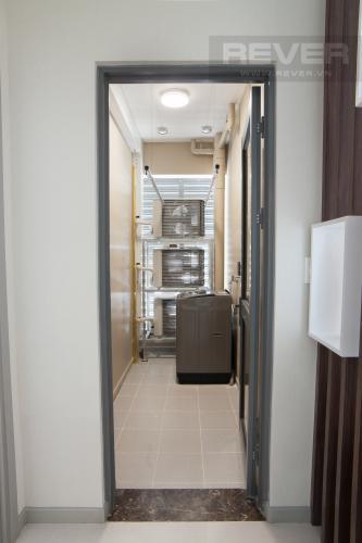 Lô gia Căn hộ The Gold View 2 phòng ngủ tầng trung A2 hướng Đông Nam