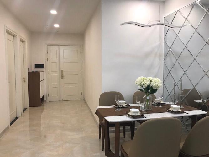 Toàn cảnh Căn hộ Vinhomes Golden River Ba Son Cho thuê căn hộ Vinhomes Golden River tầng 6, đầy đủ nội thất sang trọng, view thành phố