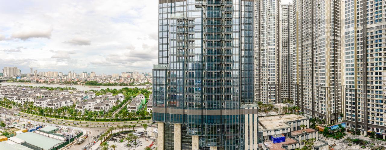 View Căn hộ Vinhomes Central Park tầng trung, tòa Landmark 6, 4 phòng ngủ, full nội thất