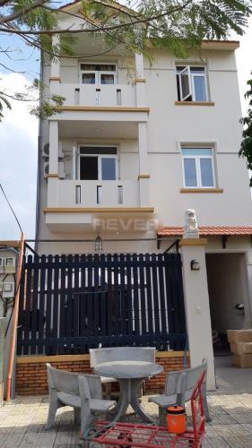 Nhà nguyên căn 1 trệt 2 lầu 140m2 đường Lâm Quang Ky quận 2