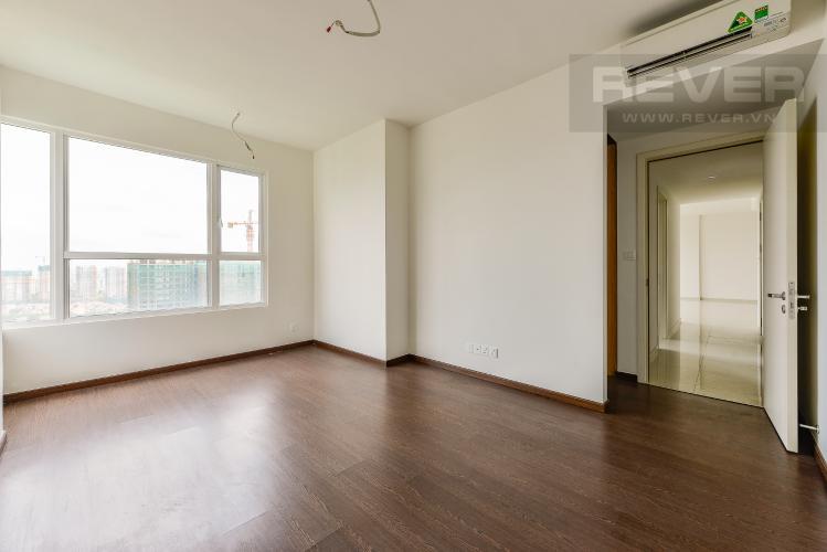 Phòng ngủ 1 Căn hộ Vista Verde tầng cao tháp T1, 3 phòng ngủ, nội thất cơ bản, view sông