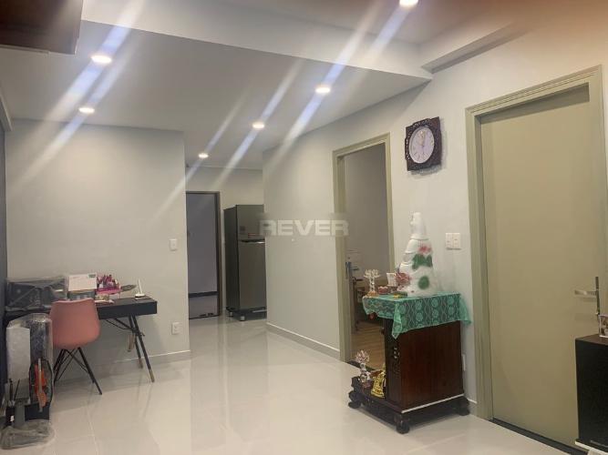 Căn hộ Saigon South Residence ban công hướng Đông, nội thất đầy đủ.
