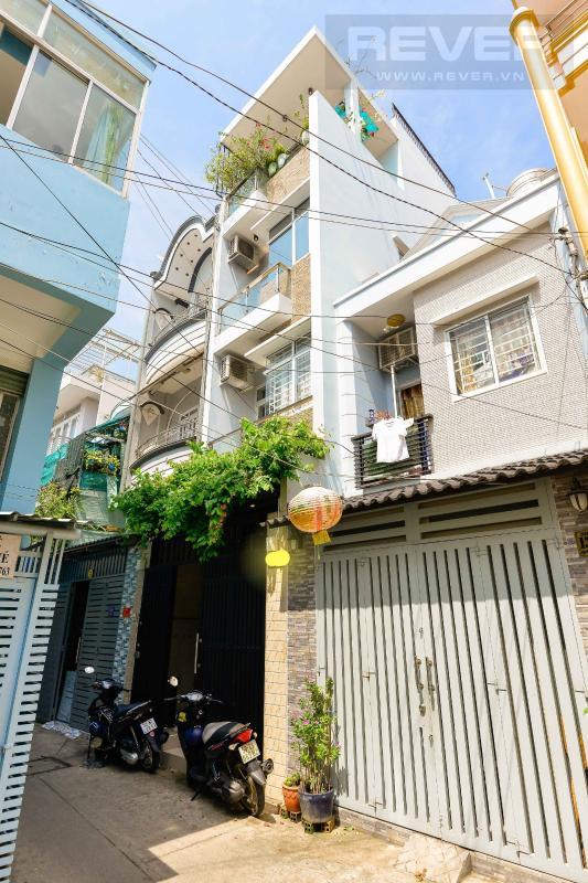 2b3075a0fa251c7b4534 Bán nhà phố 4 tầng hẻm Nguyễn Thần Hiến Quận 4, diện tích đất 44m2, đầy đủ nội thất