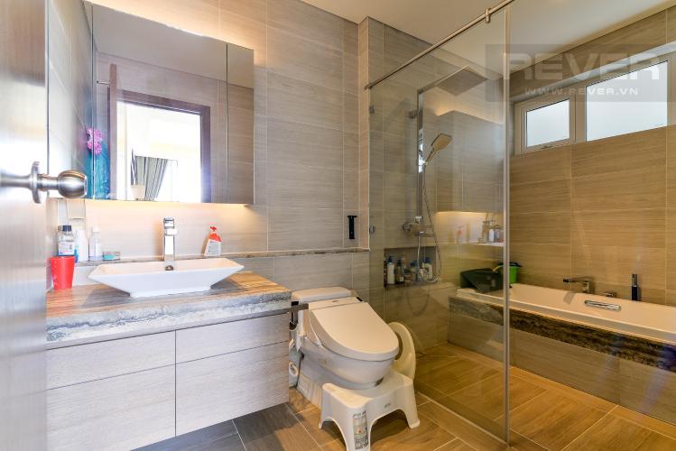 Phòng Tắm 1 Bán hoặc cho thuê căn hộ Sarica Sala Đại Quang Minh 3PN, đầy đủ nội thất, view công viên và hồ bơi thoáng mát