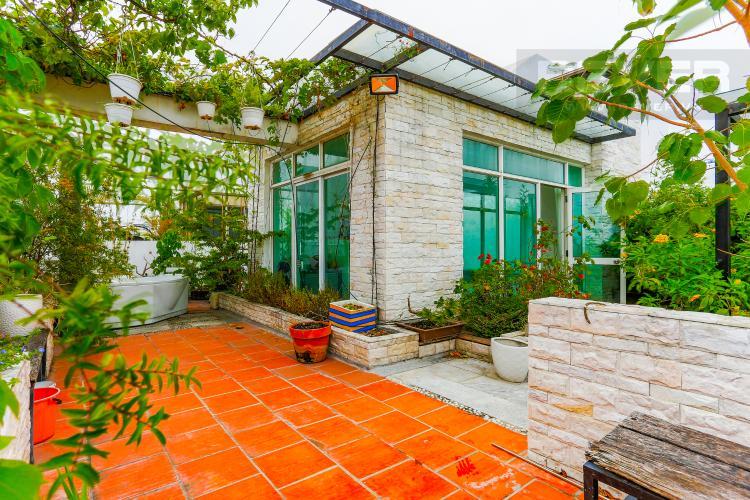 Sân Thượng Căn hộ Duplex New Sài Gòn tầng cao tháp D1, 4 phòng ngủ, full nội thất