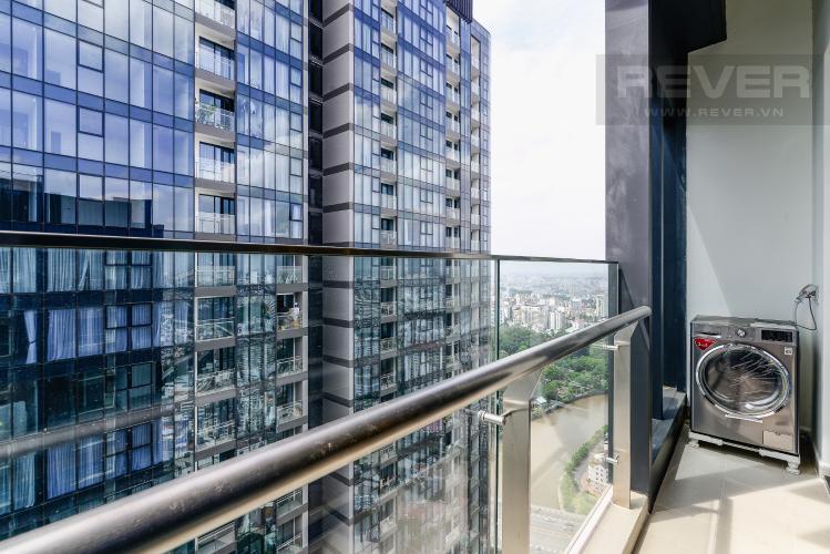 View Balcony Căn hộ Vinhomes Golden River tầng cao, 2PN 1WC, nội thất đầy đủ, view sông