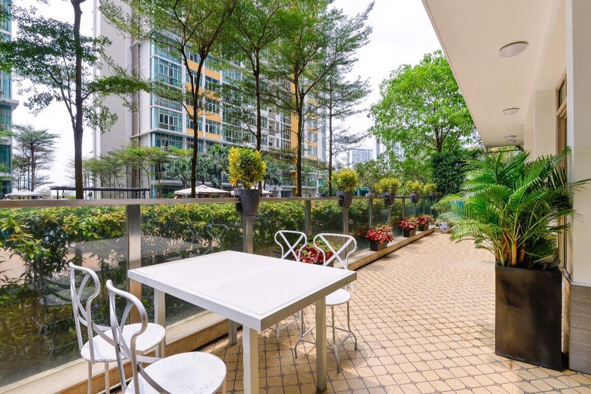 Sân vườn Bán căn hộ sân vườn The Vista An Phú 3PN, tháp T4, diện tích 179m2, đầy đủ nội thất, hướng Tây Bắc