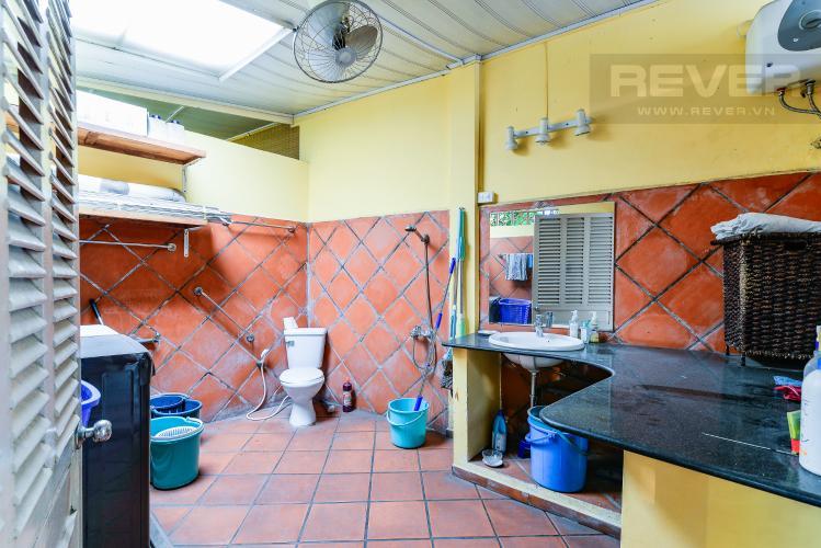 Phòng Tắm Nhà phố 4 phòng ngủ hẻm đường Nguyễn Văn Đậu nội thất đầy đủ