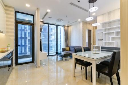 Căn hộ Vinhomes Golden River tầng cao, 2PN, bàn giao đầy đủ nội thất