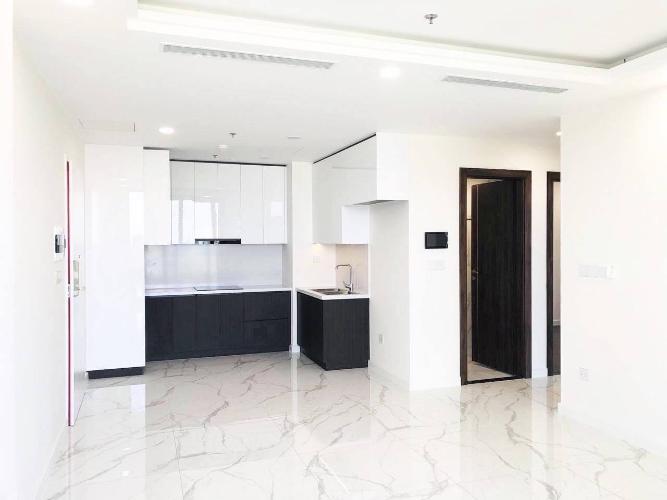 Bếp căn hộ Sunshine City Saigon Office-tel Sunshine City Saigon gam màu trắng, view hướng Tây Nam.