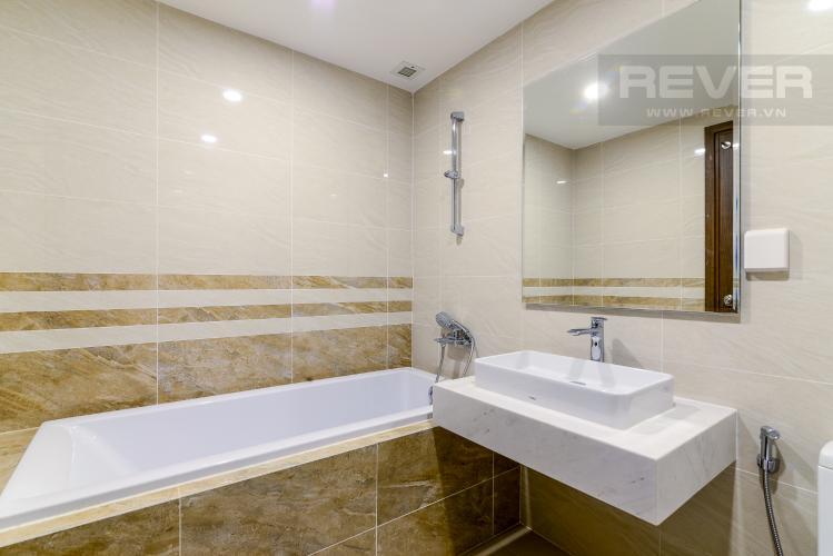 Phòng Tắm 2 Cho thuê căn hộ Saigon Royal 2PN, tháp A, đầy đủ nội thất, view hồ bơi
