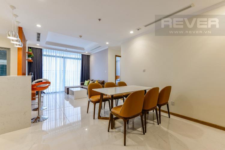 Bàn ăn Căn hộ Vinhomes Central Park 3 phòng ngủ tầng trung L4 nội thất đầy đủ