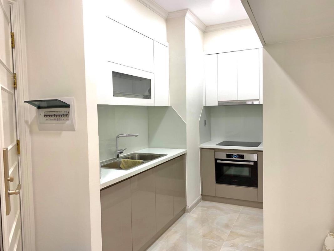 5 Bán căn hộ Vinhomes Golden River 1 phòng ngủ, tầng cao, đầy đủ nội thất, view sông Sài Gòn