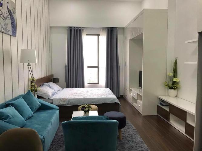 Phòng ngủ căn hộ Garden Gate, Phú Nhuận Căn hộ chung cư Garden Gate ban công hướng Đông Nam, nội thất đầy đủ.