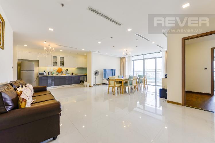 Phòng khách Căn hộ Vinhomes Central Park 4 phòng ngủ tầng trung P3 view trực diện sông