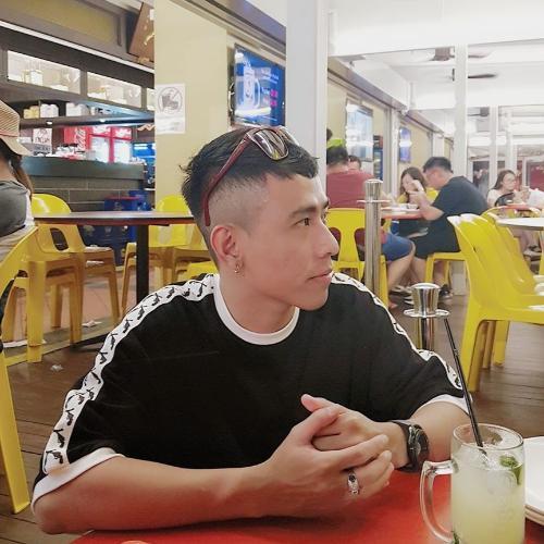 Khúc Minh Cường Sales Executive