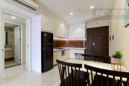 Cho thuê căn hộ Saigon Royal 1 phòng ngủ, tháp A, diện tích 54m2, đầy đủ nội thất, hướng Đông Nam