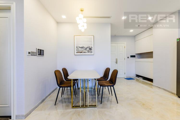 Bàn ăn Cho thuê căn hộ Vinhomes Golden River tầng trung 2PN đầy đủ nội thất