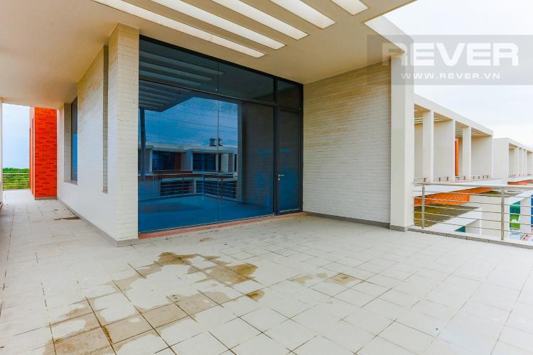 Sân Thượng Mặt Sau Biệt thự 5 phòng ngủ đường Nguyễn Hữu Thọ khu Galleria Nhà Bè