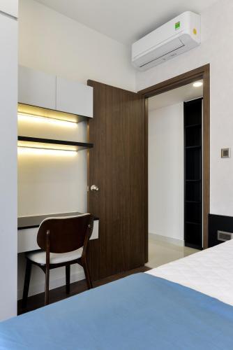 Căn hộ Saigon Royal Căn hộ Saigon Royal tháp A tầng cao 3 phòng ngủ, view hướng Bitexco.