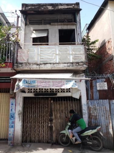 Bán nhà phố 2 tầng đường Bùi Hữu Nghĩa, diện tích đất 43m2, diện tích sàn 78m2, sổ hồng đầy đủ.